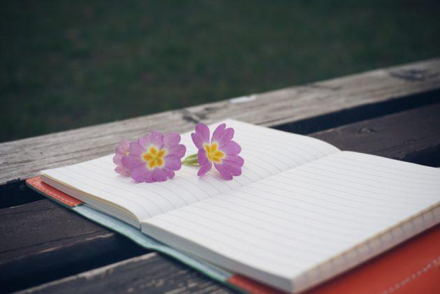 paperi ja kukka