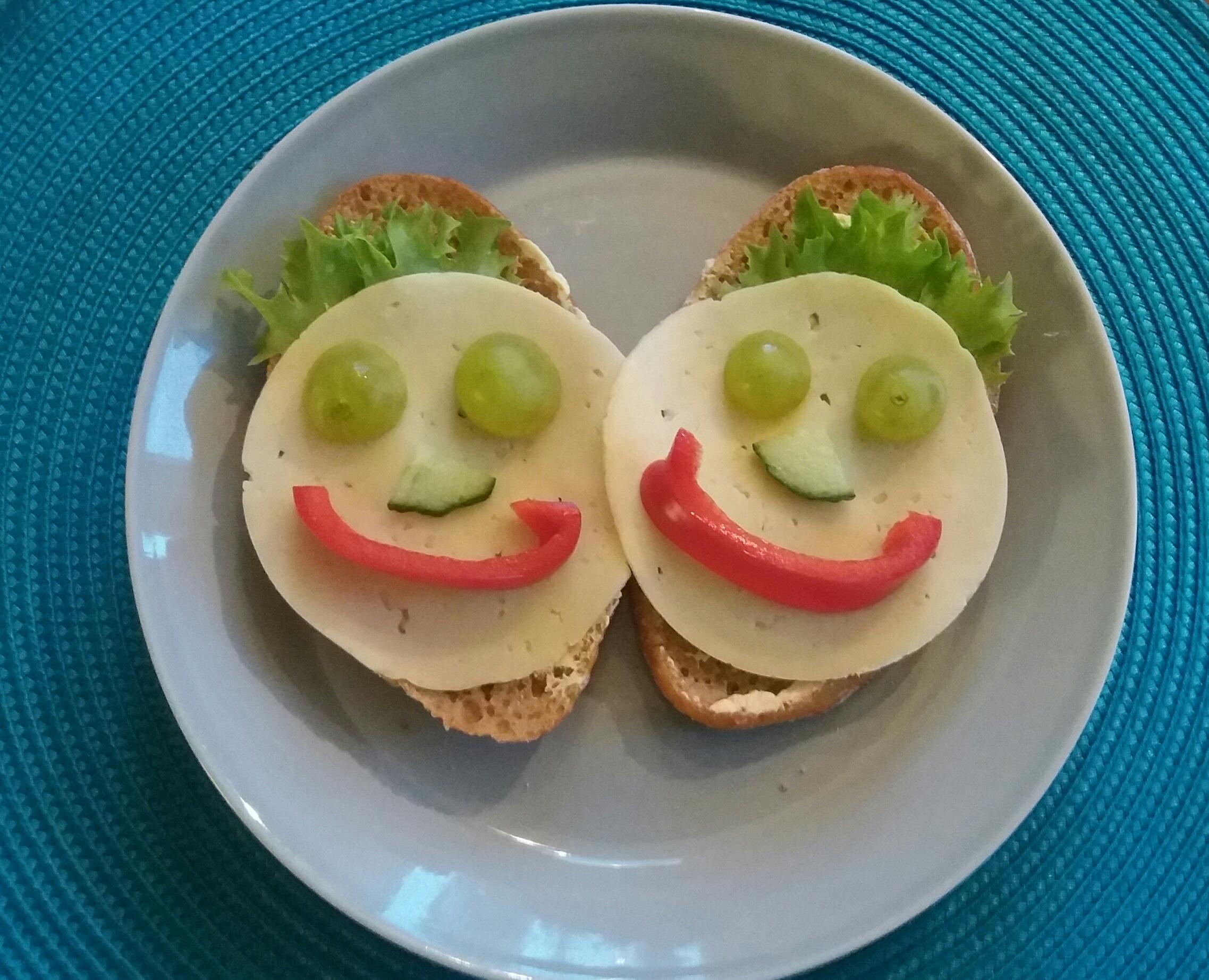 iloiset leivät
