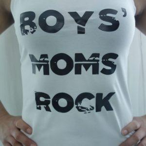 Boys' moms rock -lyhythihainen paita