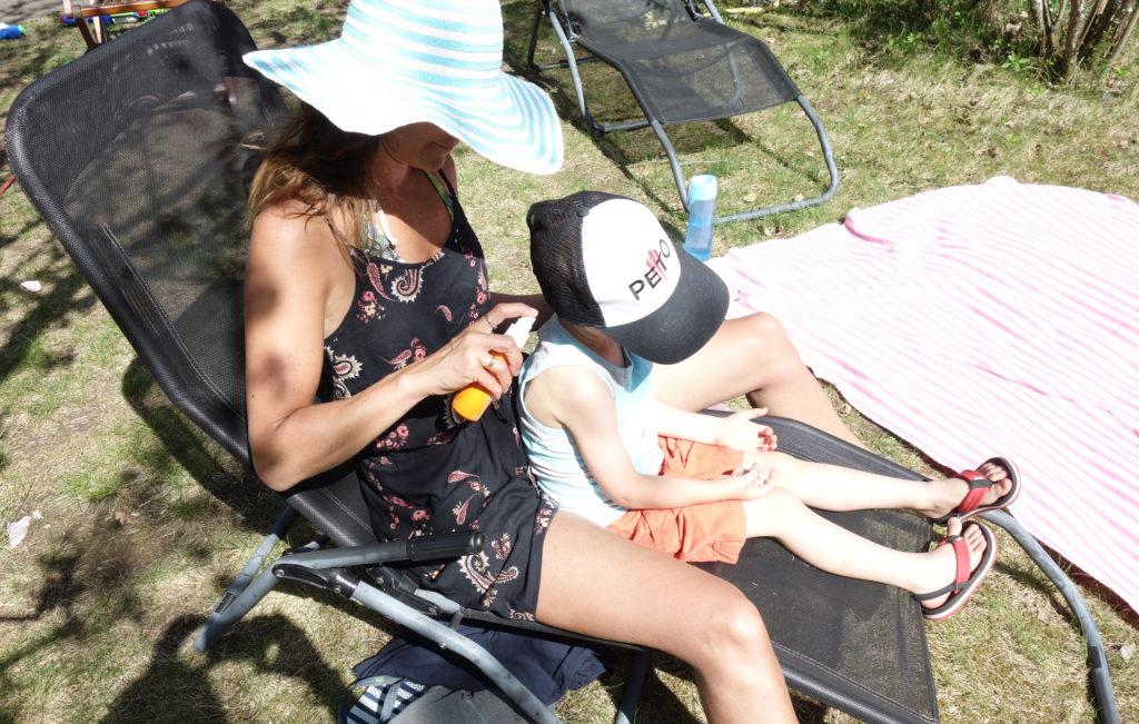 suihkutettava aurinkorasva lapselle