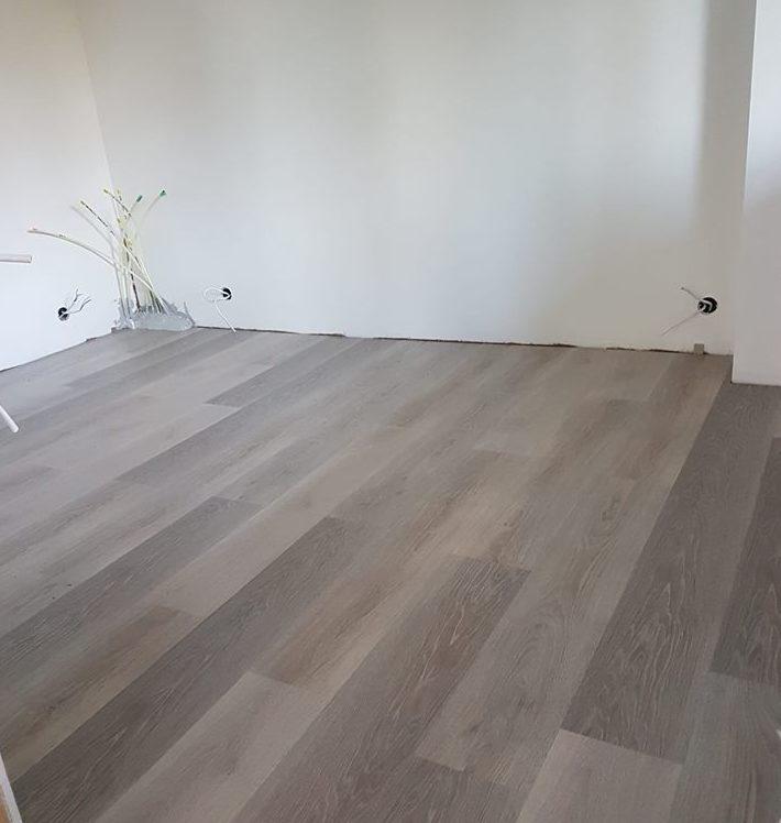 makuuhuoneen lattia