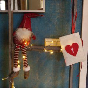 Tee-se-itse joulukalenteri – ensimmäinen luukku!
