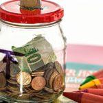Äidit järkyttyneitä! Tubettajat kerjäävät lapsilta rahaa