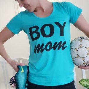 Boy Mom -t-paita