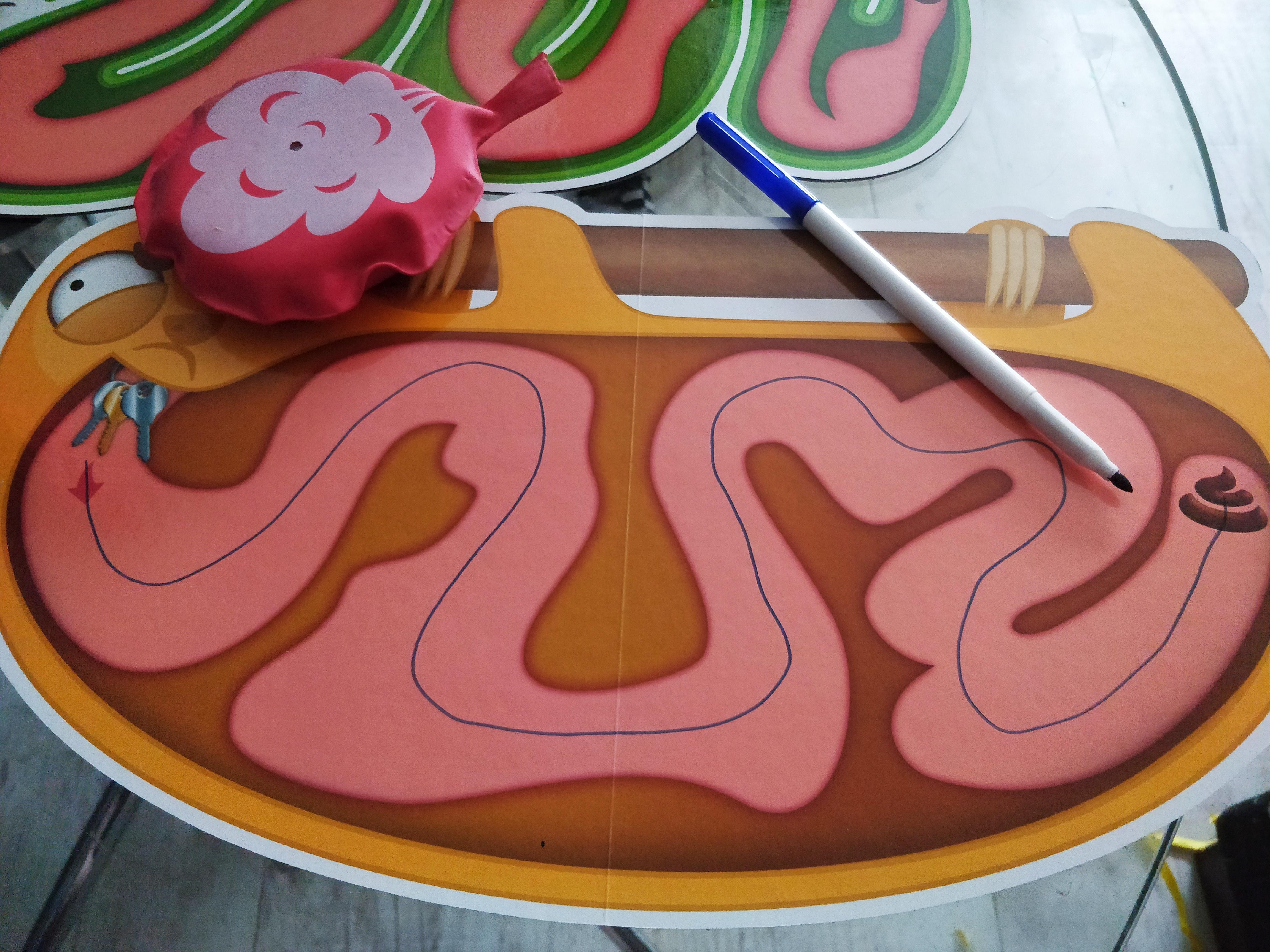 Poikien suosikki: kakka-lautapeli!