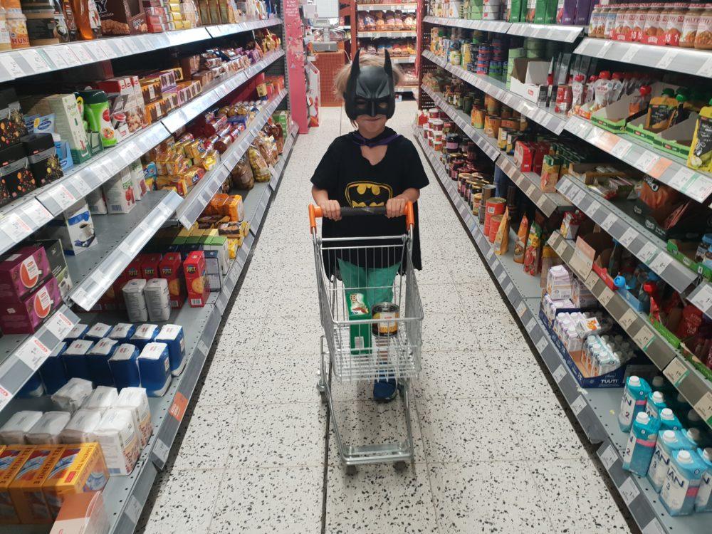 Batman-asu päällä yötä päivää #voihanpojat
