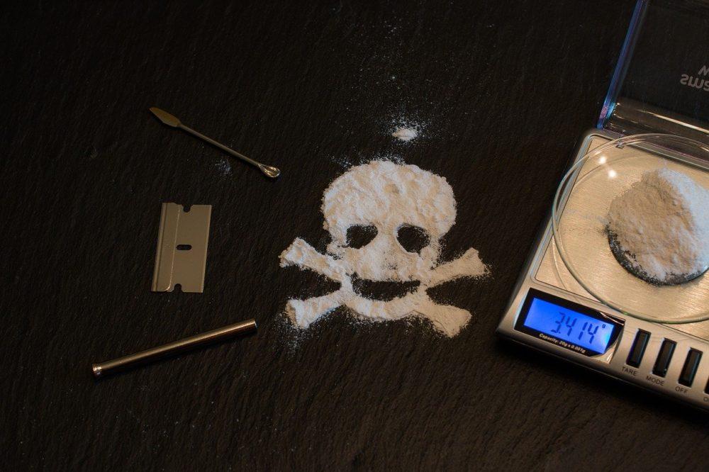Lapsi ja huumeet