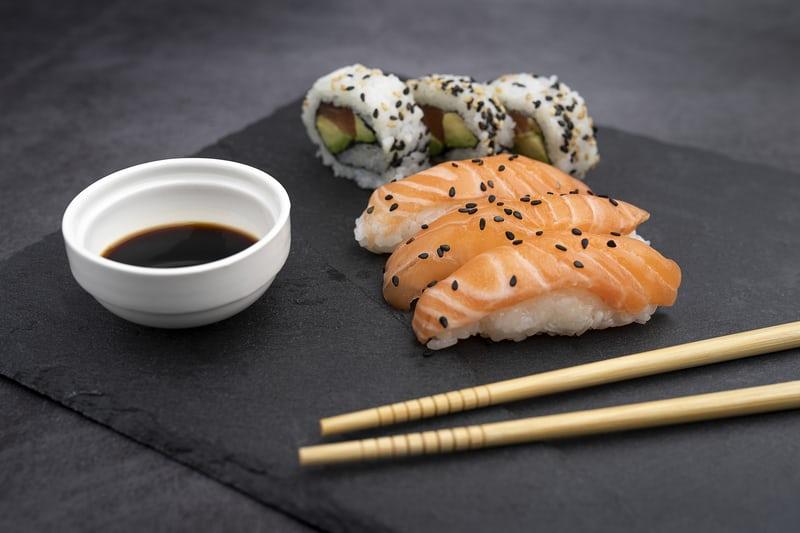 Tukehtua sushiin