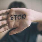 Opeta poikasi olemaan ahdistelematta