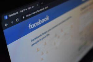 Sarjahuijari perustaa feikkitilejä facebookkiin -Varo!