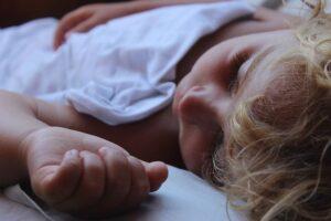 Nukkuuko lapsi tarpeeksi?