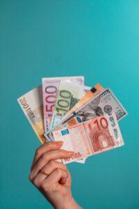 Read more about the article Elatustuki ja elatusapu nousevat ensi vuoden alussa
