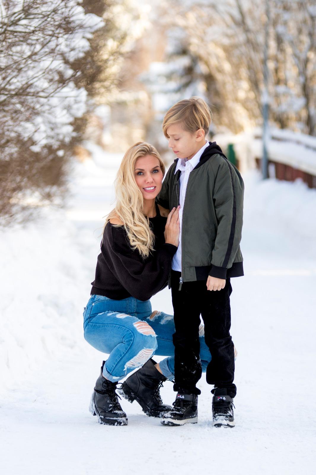 """Henna Peltonen kertoo -"""" Haluan vaalia poikani herkkyyttä"""""""