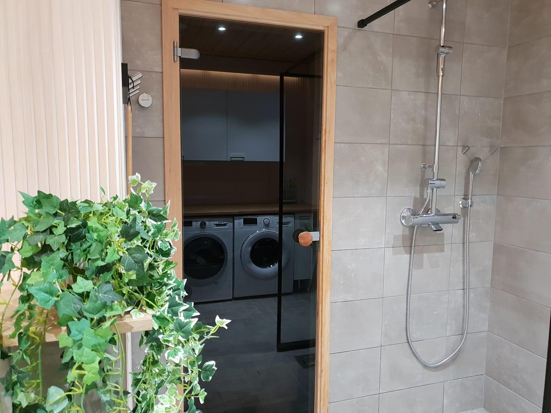 kylpyhuone valaistus