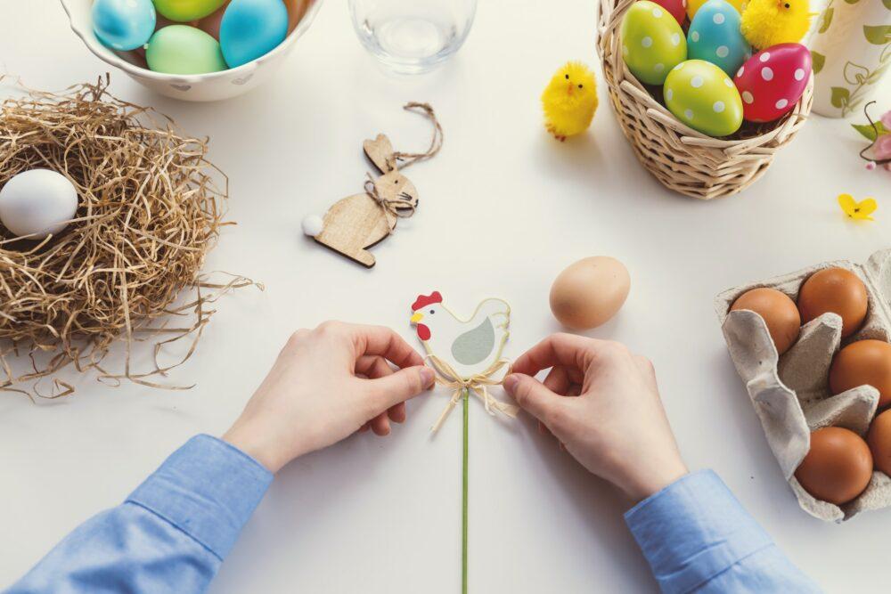 Pääsiäinen turvallisesti kotona -vinkit kotipääsiäiseen