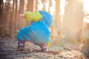 Read more about the article Lapsen päivittäinen liikkuminen voi koostua pienistä pätkistä.